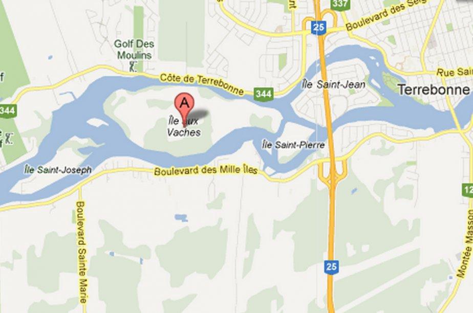 Ces îles -Saint-Joseph, aux Vaches et Saint-Pierre- sont... (Carte fournie par Google)