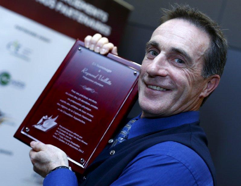 Raymond Veillette a reçu le prix du Conseil du sport de haut niveau. | 5 décembre 2012
