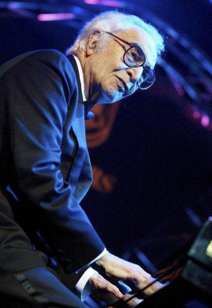 Dave Brubeck en spectacle à Bâle en Suisse en novembre 2002. | 5 décembre 2012