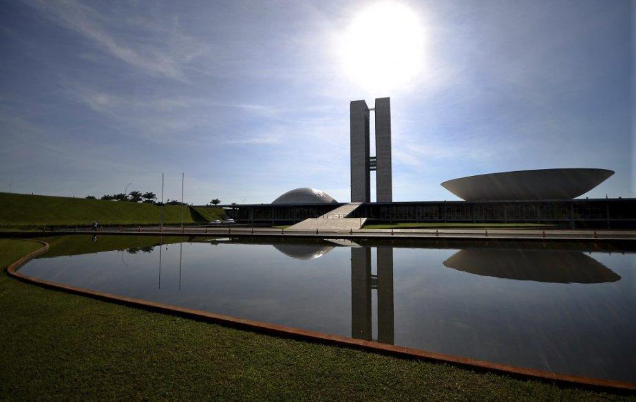 Le Congrès National, une oeuvre d'Oscar Niemeyer. | 6 décembre 2012