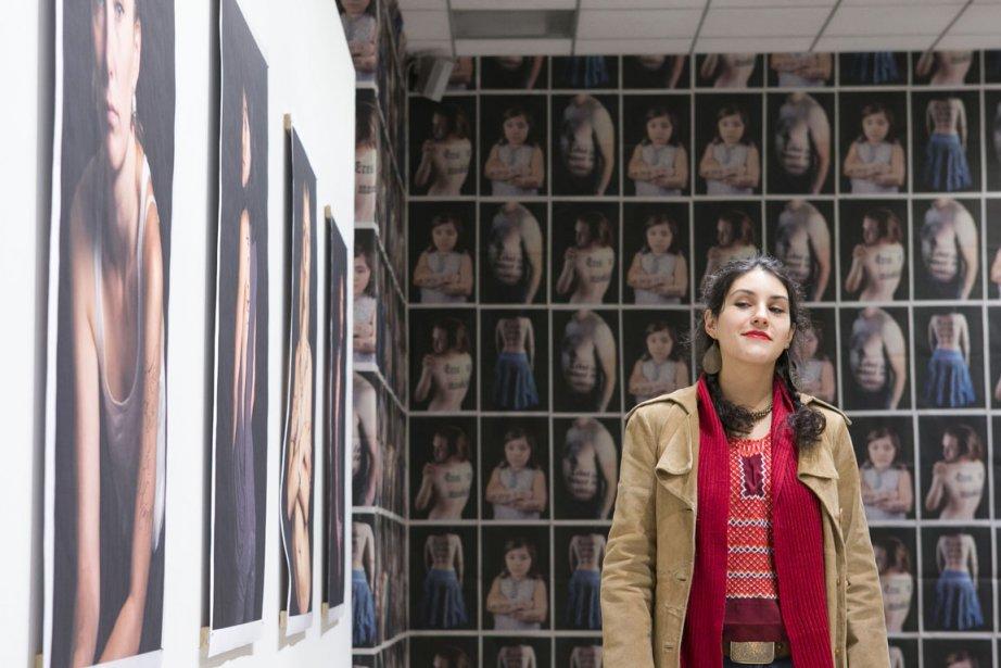 Dans ses portraits, Claudia Espinosa dénonce les stéréotypes... (Photo Hugo-Sébastien Aubert, La Presse)