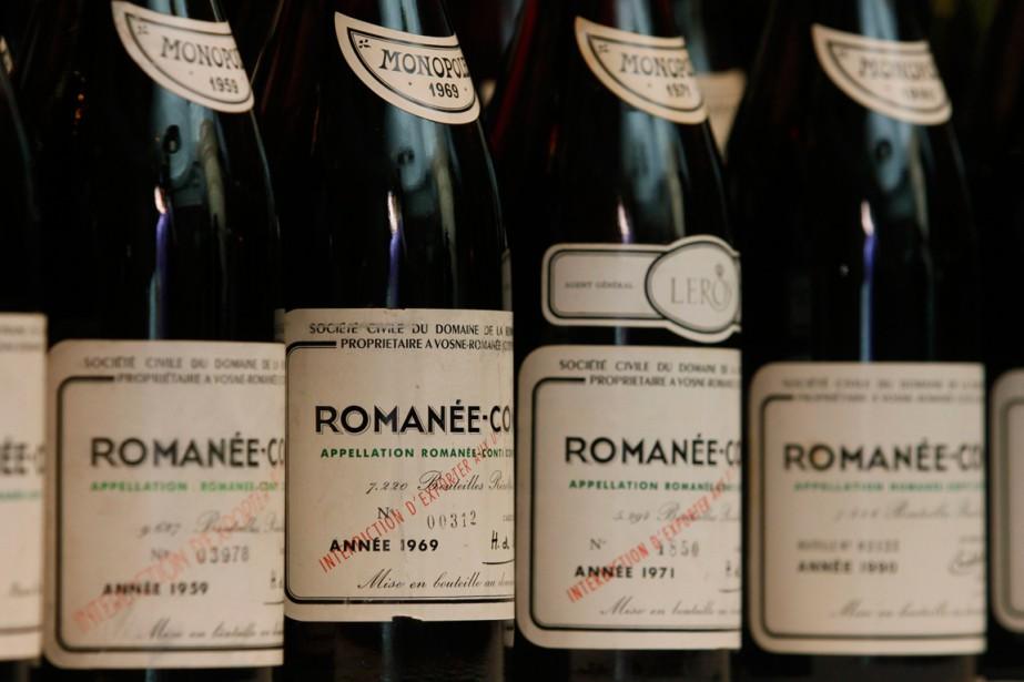 Une sélection de quelques bouteilles de Romanée-Conti.... (Photo archives AP)