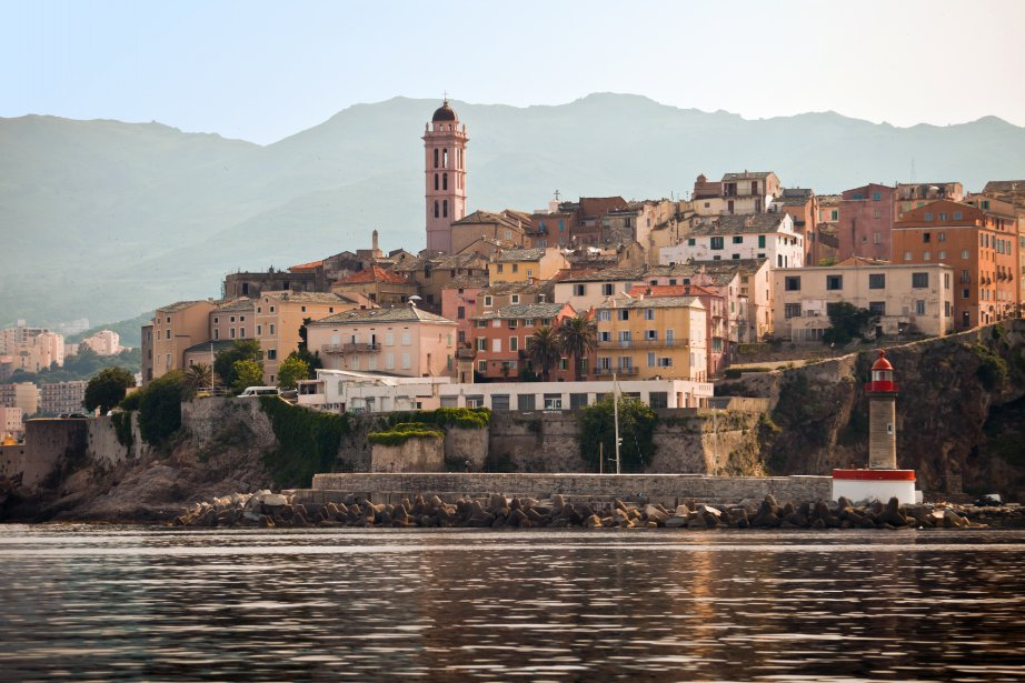 Le tour de France fera étape à Bastia en Corse l'an prochain. | 10 décembre 2012