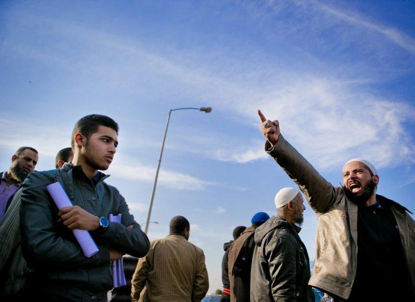 Les islamistes, partisans du président Morsi, reprochent notamment  aux médias égyptiens de ne pas les entendre. | 10 décembre 2012