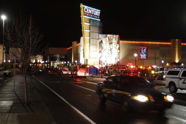 Un homme armé a fait feu dans un centre commercial de la banlieue... (Photo: AP)