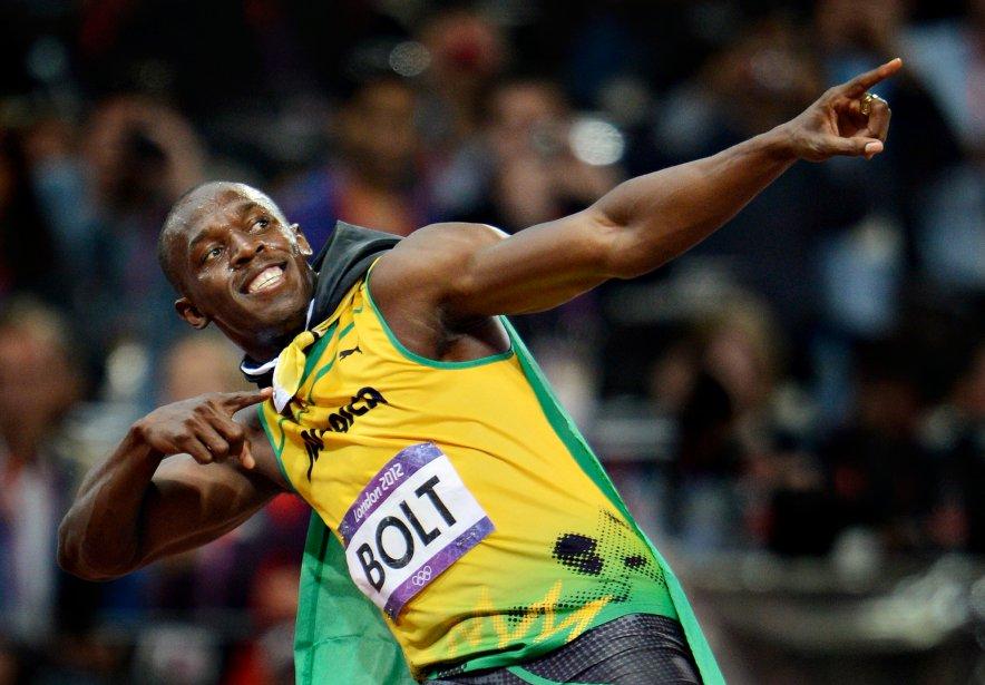 Le sprinter jamaïcain Usain Bolt fanfaronne après avoir remporté l'épreuve... | 2012-12-12 00:00:00.000