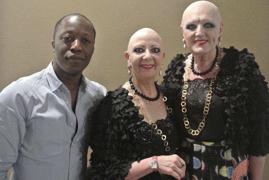 Ils ont été les vedettes de l'Art Basel 2012. Eva et Adèle ont fait  tourner les têtes dans les allées du Convention Center de Miami. Le  célèbre couple allemand tout à fait étrange, mais très connu dans le  milieu de l'art contemporain n'a laissé personne indifférent. (Photo: Herby Moreau, La Presse)