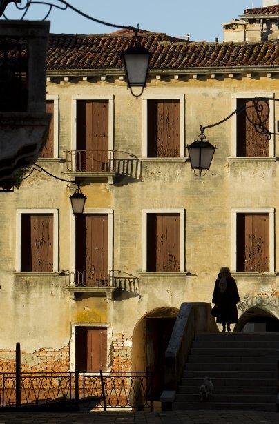 En décembre, les Vénitiens redeviennent maîtres de leurs ponts et ruelles. (Photo Martin Chamberland, La Presse)