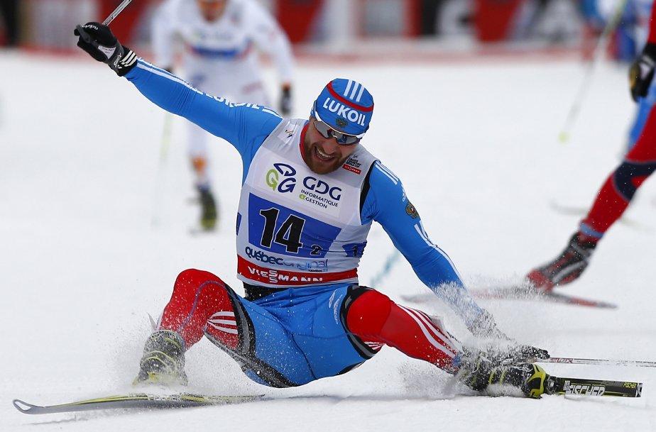 L'athlète russe perd l'équilibre à l'arrivée de la finale par équipe à la coupe du monde qui a eu lieu à Québec en décembre. | 19 décembre 2012