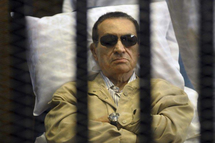 Hosni Moubarak lors de son procès en 2011.... (Photo: AP)