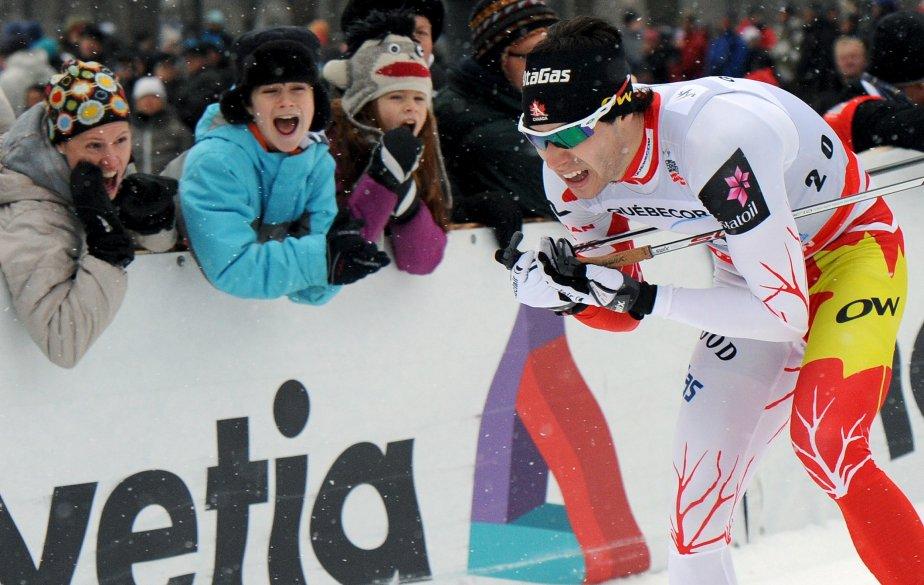 Alex Harvey sous les encouragements de la foule lors de la Coupe du monde présentée à Québec au début du décembre | 20 décembre 2012