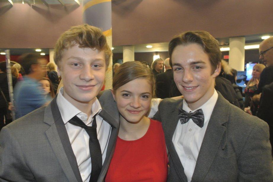 C'est lundi soir qu'a eu lieu la grande première du film Les pee-wee 3D en compagnie des trois jeunes vedettes du film, Antoine Olivier Pilon (Janeau), Alice Morel-Michaud (Julie) et Rémi Goulet (Joey). | 21 décembre 2012