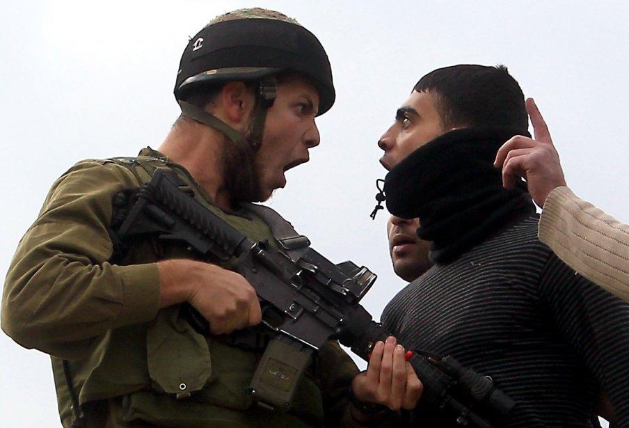 Échange verbal musclé entre un Palestinien résident de Cisjordanie et... | 2012-12-21 00:00:00.000
