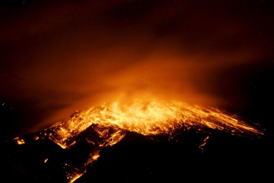 Éruption du volcan Tungurahua en Équateur | 21 décembre 2012