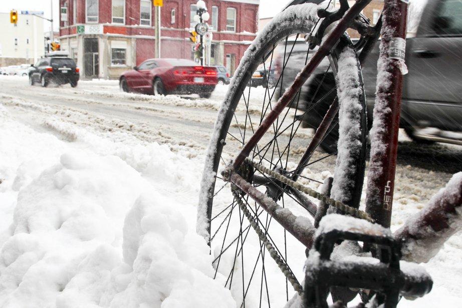 Ottawa-Gatineau a reçu sa première tempête de neige de la saison. | 21 décembre 2012