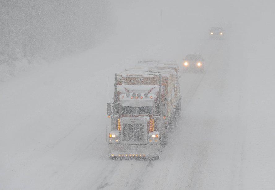 Les conditions routières sont exécrables. (Photo: Sylvain Mayer)