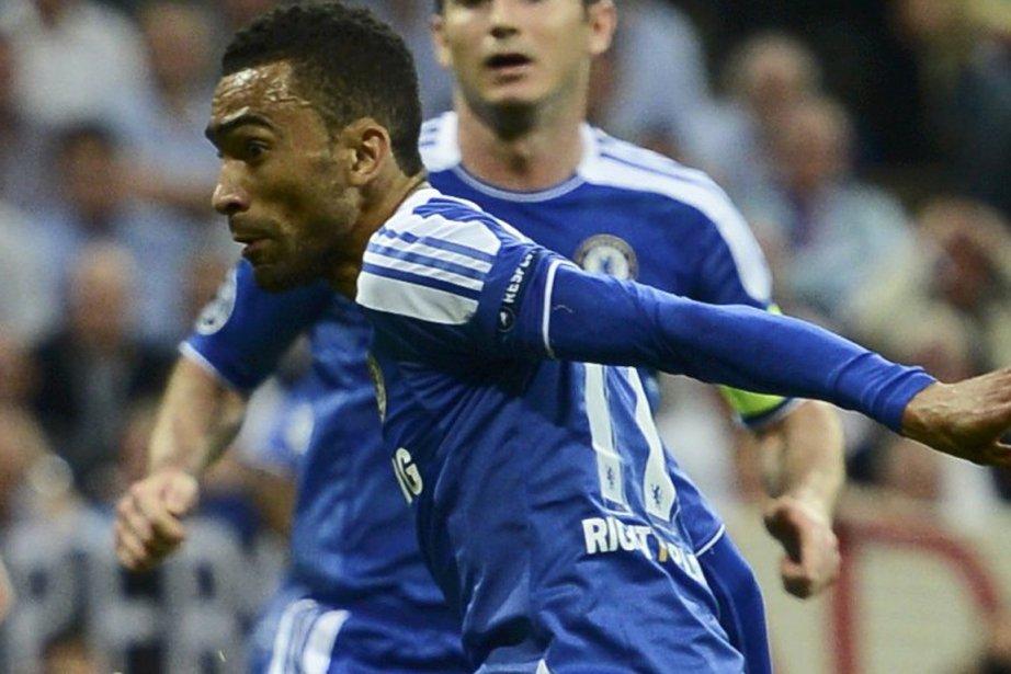 José Bosingwa, quand il portait l'uniforme de Chelsea.... (Photo : Dylan Martinez, Reuters)