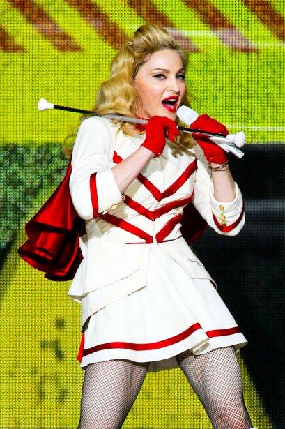 Madonna a fait danser 14 600 fans avec son spectacle MDNA, le 16 septembre 2012, à la Place Banque Scotia. Jamais, de toute sa carrière, l'icône de la pop n'avait pris le temps de s'arrêter visiter la capitale fédérale dans le cadre de ses tournées. | 25 décembre 2012