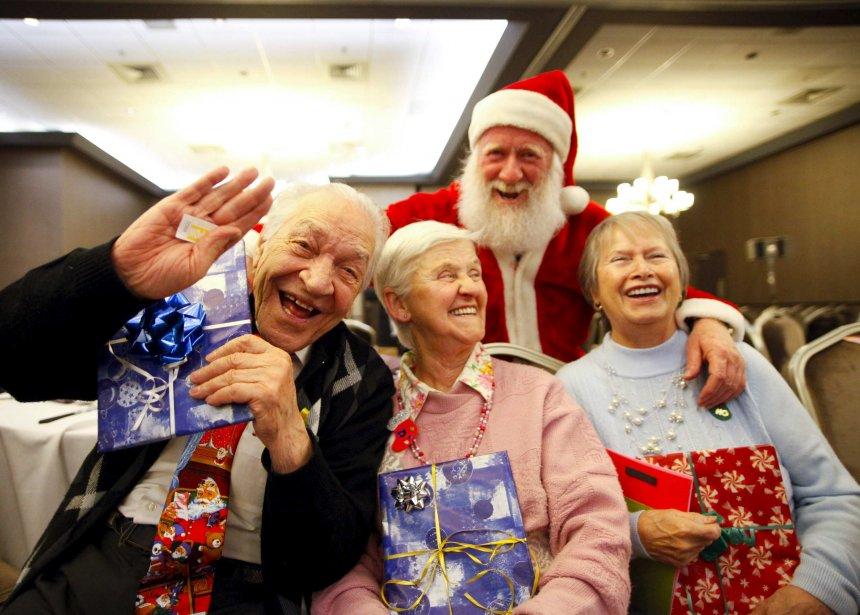La joie était du rendez-vous lors du dîner de Noël des Petits frères des pauvres à l'hôtel Clarion, à Québec | 25 décembre 2012