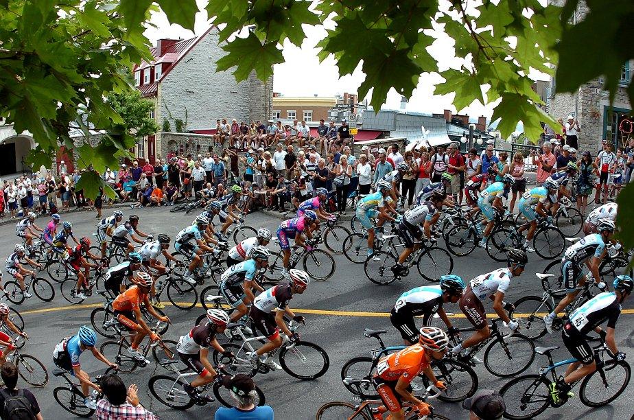 Les cyclistes au Grand Prix de Québec dans la côte de la Montagne | 26 décembre 2012