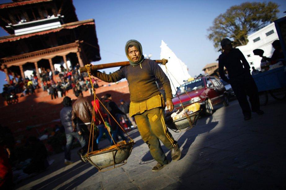 Le carré Durbar de Katmandou, ou des agriculteurs de villages avoisinants de la capitale népalaise se réunissent pour vendre leurs aliments | 26 décembre 2012