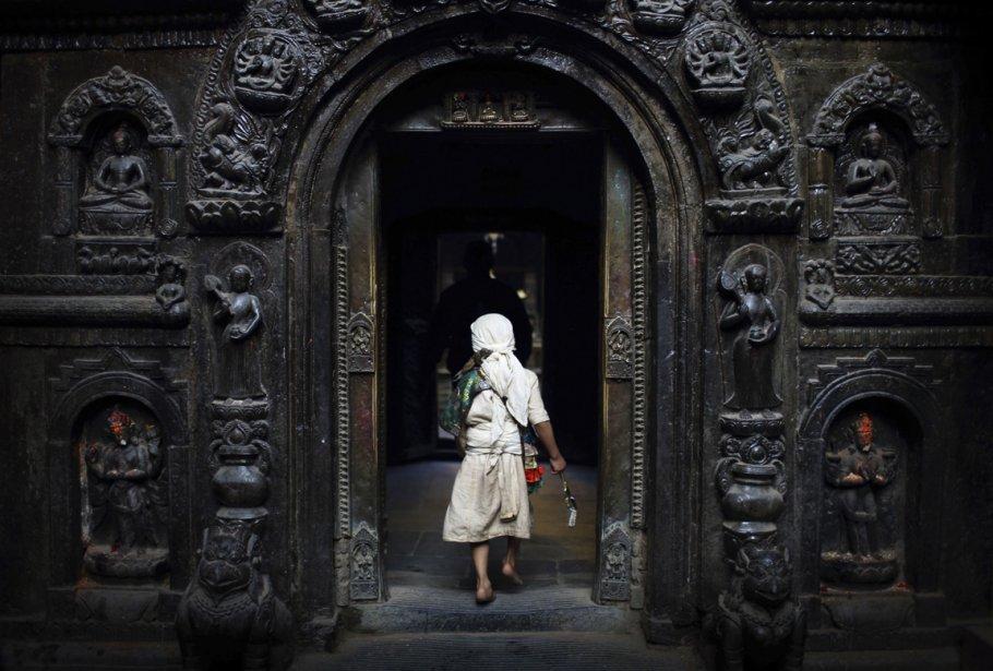 Porte d'entrée d'un temple de Lalitpur | 26 décembre 2012