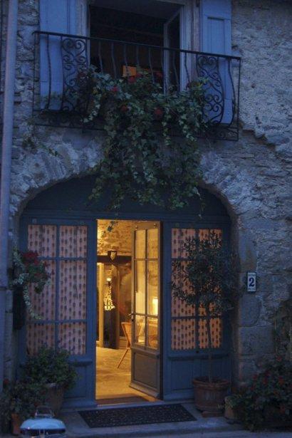 Maison à La Livinière Façade après rénovation  Photos fournies par Andrée-Anne Rivard | 27 décembre 2012