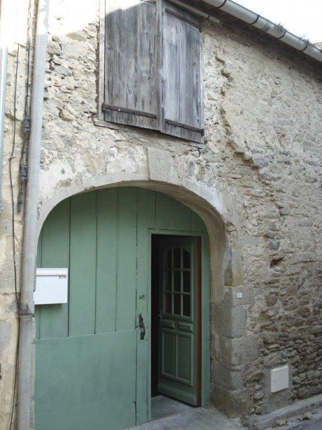 Maison à La Livinière . Façade après rénovation  . Photos fournies par Andrée-Anne Rivard | 27 décembre 2012