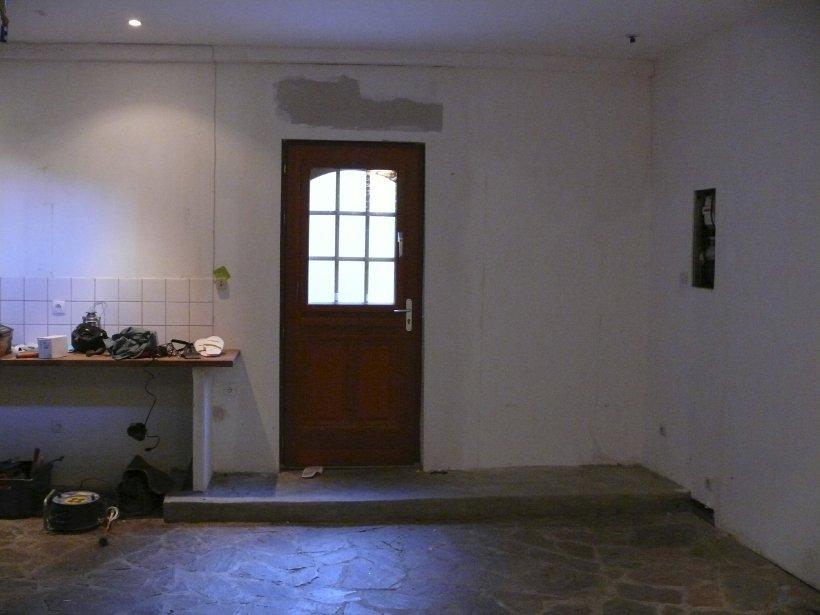 La porte avant la rénovation. | 27 décembre 2012