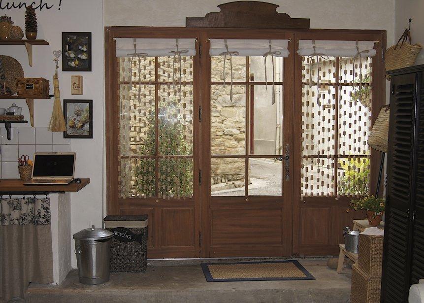 La nouvelle porte à trois panneaux vitrés. | 27 décembre 2012