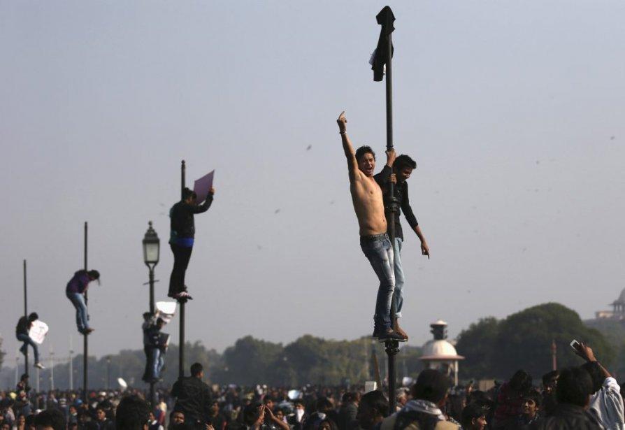 Ils ont été des milliers à sortir dans les rues pour s'indigner du viol collectif. | 30 décembre 2012