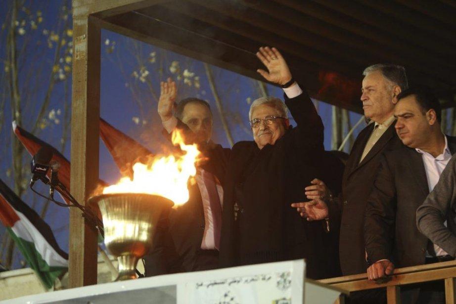 M. Abbas tenait un discours dans le quartier... (Photo MOHAMAD TOROKMAN, Reuters)