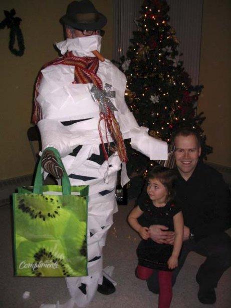 Dans la famille de Sylvie Jobin, le jeu de fabrication du plus beau bonhomme de neige a remporté un vif succès auprès des enfants! | 2 janvier 2013