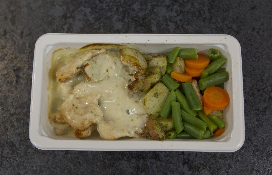 Visite de Delta deli food, une compagnie qui fait des repas d'avion à Rigaud. | 7 janvier 2013