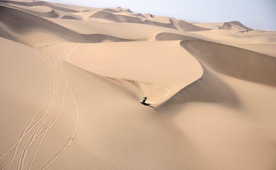 Pal Ullevalseter, de Norvège, participe à la deuxième étape du Dakar 2013 à Pisco, au Pérou. La compétition, commencée le 5 janvier, se déroule cette année au Pérou, en Argentine et au Chili, jusqu'au 20 janvier. | 7 janvier 2013