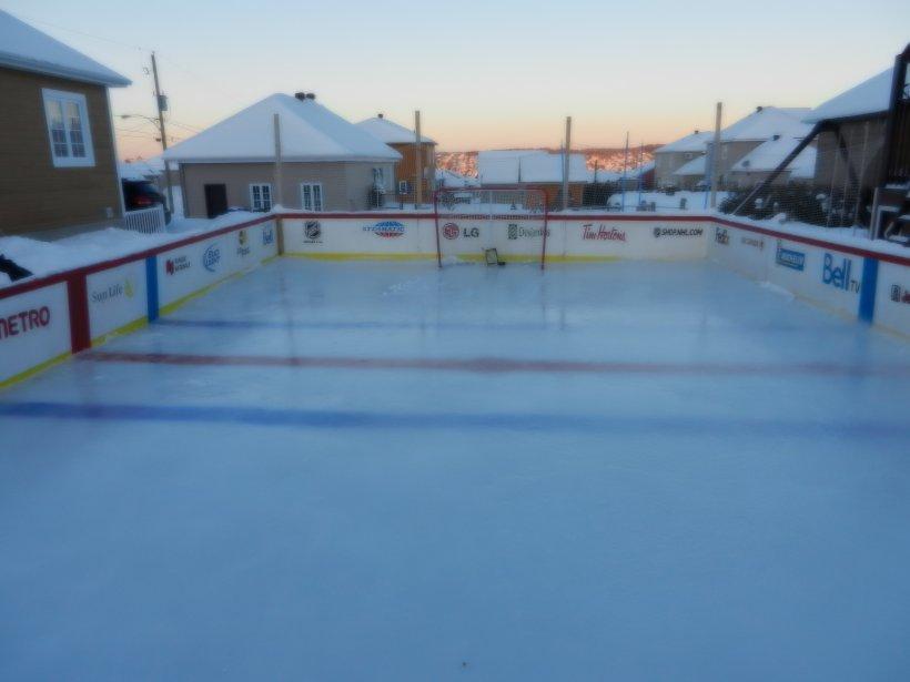 Il n'y a pas qu'à Québec que les amateurs de patinoires déploient leur énergie. Voici celle de Jérôme Roy, de Saint-Georges de Beauce. | 7 janvier 2013