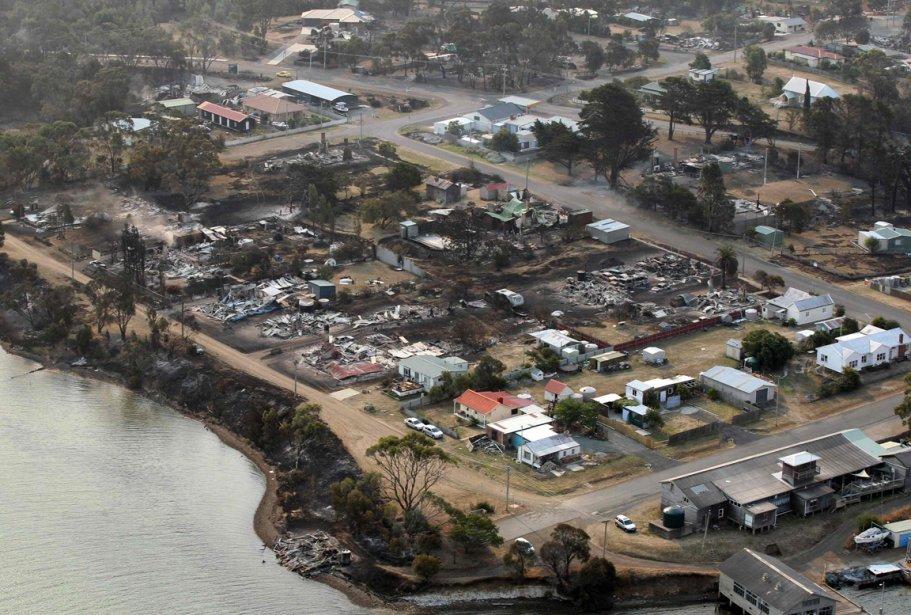 Un quartier ravagé par les  incendies à Dunalley, en Tasmanie. | 8 janvier 2013