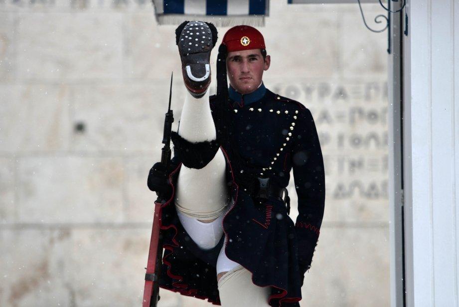 Un garde présidentiel grec à Athènes. | 9 janvier 2013