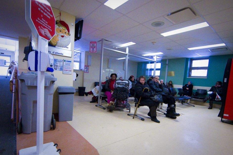 Attente à l'hôpital communautaire francophone Saint-Joseph-de-Lachine.... (Photo Marco Campanozzi, archives La Presse)