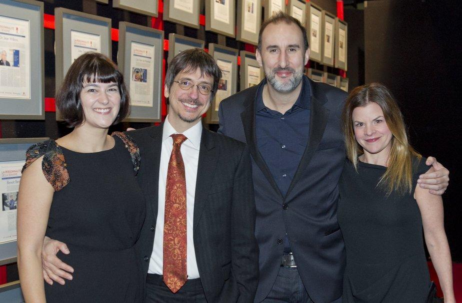 Félize Frappier, avec son conjoint Philippe Falardeau, lauréat dans la catégorie Arts et spectacles et l'humoriste Martin Petit accompagné de sa conjointe, Daphné L'Heureux. | 14 janvier 2013