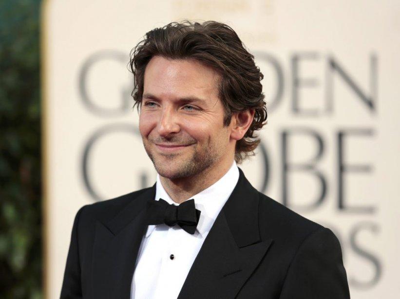 Chic avec son smoking, mais relax et cool avec ses cheveux et sa barbe savamment négligés, Bradley Cooper était l'un des hommes les plus séduisants. Il était en lice pour son rôle de divorcé bipolaire dans le film «Silver Linings Playbook». | 14 janvier 2013