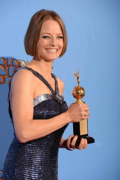 Jodie Foster a reçu un prix hommage pour l'ensemble de sa carrière, le trophée Cecil B. DeMille. Son discours de remerciements, sur la vie privée et la longévité à Hollywood, n'était toutefois pas des plus limpides. | 14 janvier 2013