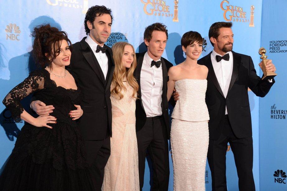 Une bonne partie de la distribution du film Les Misérables: Helena Bonham Carter, Sacha Baron Cohen, Amanda Seyfried, Eddie Redmayne, Anne Hathaway et Hugh Jackman. | 14 janvier 2013