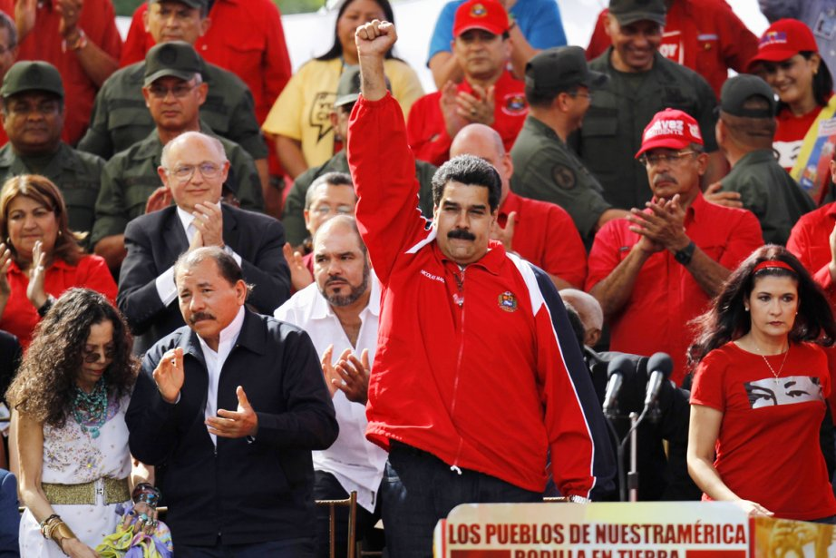 Le vice-président vénézuélien Nicolas Maduro (ci-dessus), à la... (PHOTO CARLOS GARCIA RAWLINS, ARCHIVES REUTERS)