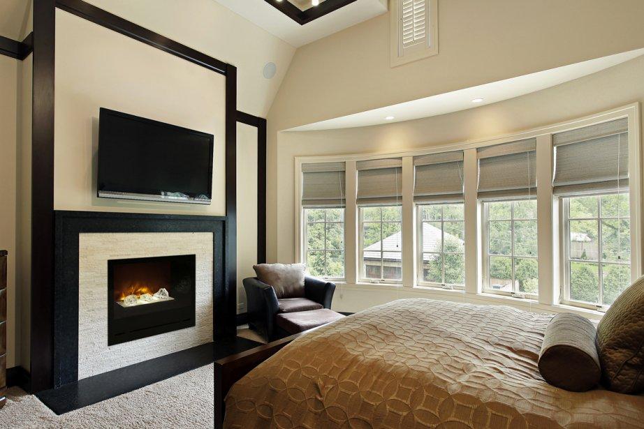Foyers lectriques de l 39 ambiance moindre co t - Decoration foyer salon ...