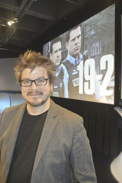 Podz, le réalisateur de 19-2, réussit à nous transmettre le stress que peuvent vivre les policiers qui débarquent sur les lieux d'une fusillade. | 18 janvier 2013