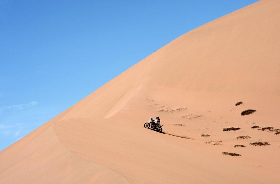 Le Chilioen Francisco Chaleco Lopez lors de la 12e étape du Dakar 2013 entre Fambala en Argentine et Copiapo au Chili. | 18 janvier 2013