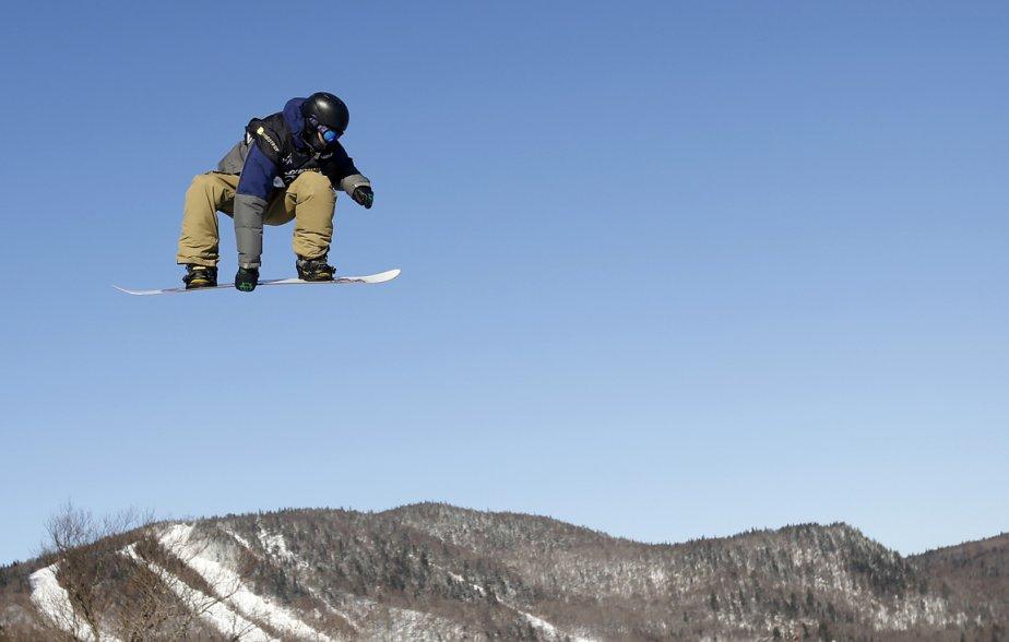 Le Suisse Sina Candrian lors de la coupe du monde planche à neige FIS à Stoneham. | 18 janvier 2013