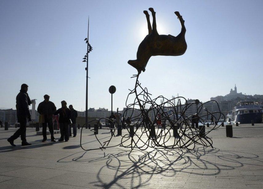 La sculpture «Cerf/Frec» de l'artiste Luc Dubosc à Marseille. | 18 janvier 2013