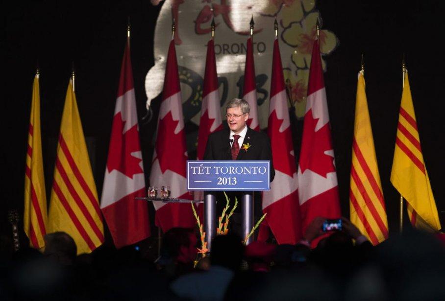Le premier ministre a été le plus fortement... (PHOTO MARK BLINCH, REUTERS)